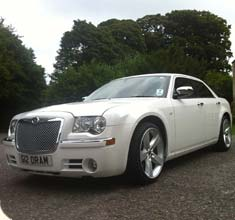 White Limousine Chrysler 300c, limo hire in Bristol, Bath, Avon and the South West